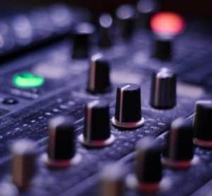 mixer-821537_1920-300x300-1