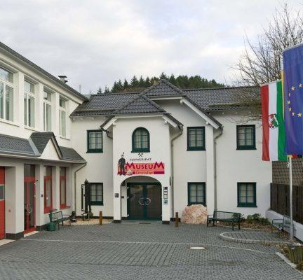 schwerspatmuseum-dreislar-325-0_L